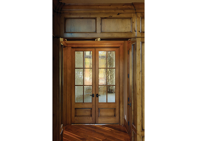 Simpson Sash Door Shown In Knotty Alder With Seedy Baroque Glass